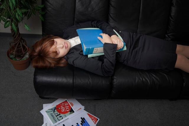 仕事中に寝てしまう。私は病気ですか?