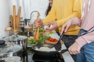 煮物がまずいって…味オンチの彼氏に何を出したらいいの?