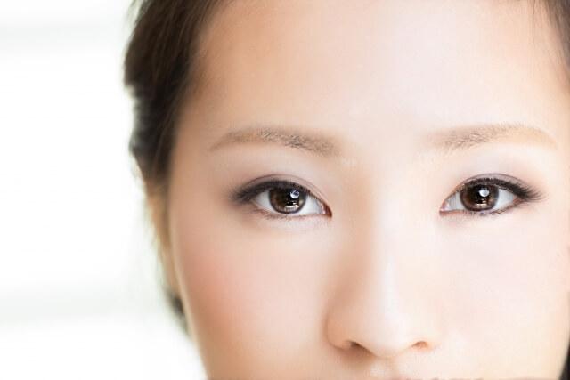 若くても要注意!目が小さくなる系女子の危険な生活3選